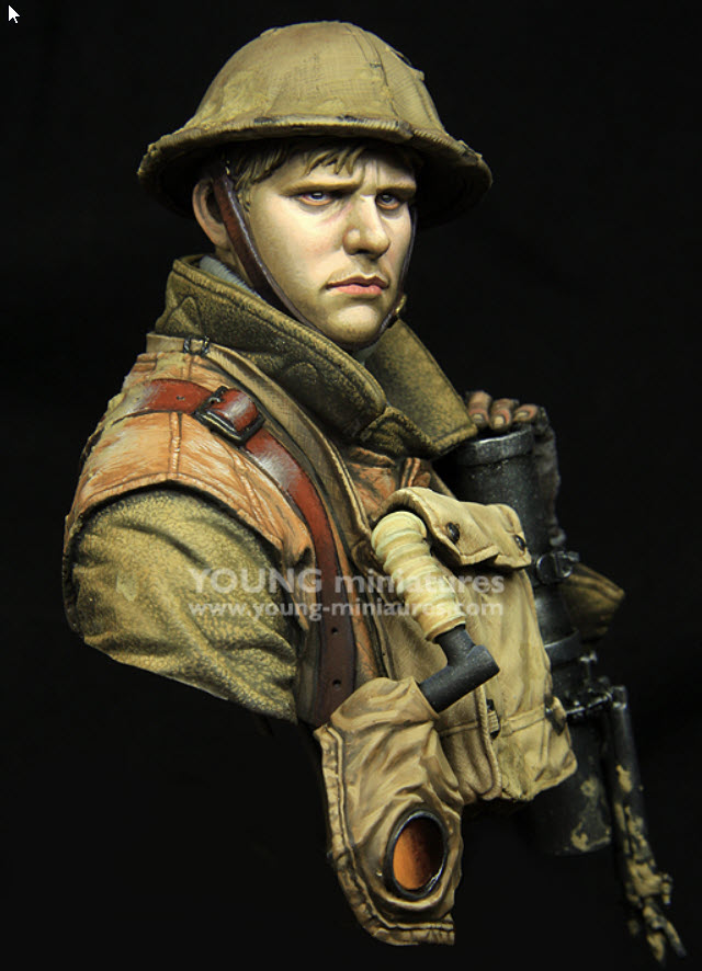 British Lewis gunner WWI Young figurine 1102
