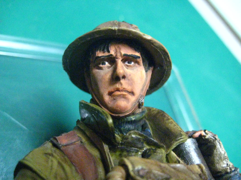 British Lewis gunner WWI Young figurine 1106