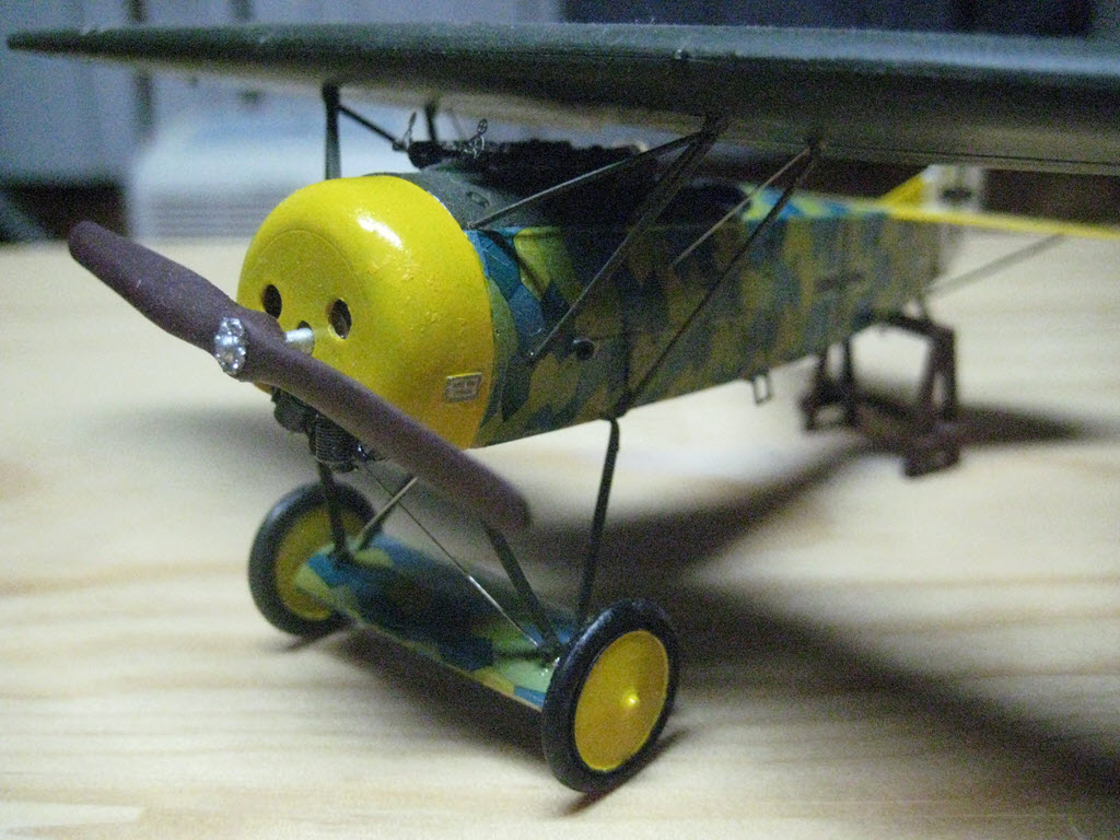 Dragon série (Knight of the Sky) Hans Goerth buste 1/12  Fokker D.VIII 1/48 Hg_910
