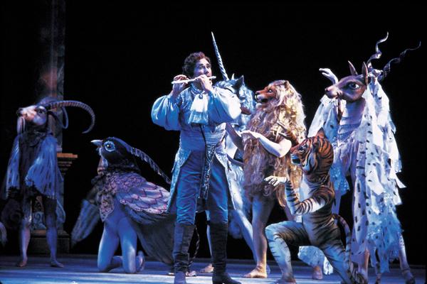 افتتاحية اوبرا الناى السحرى The Magic Flute اشهر اعمال موتسارت The-ma10