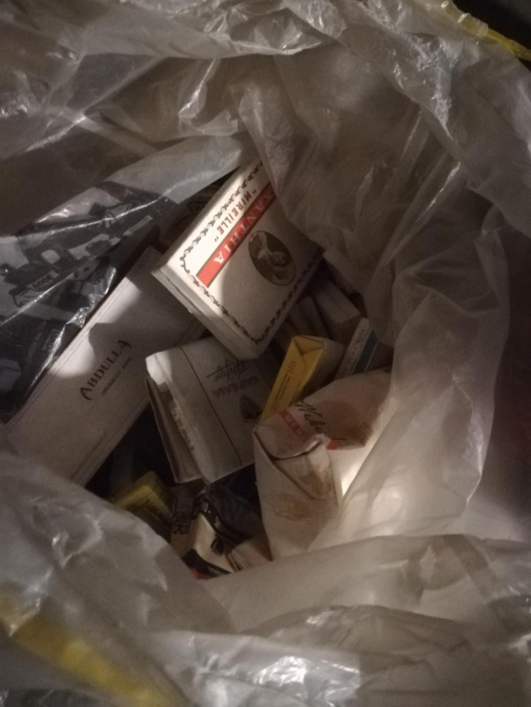 Pour les fumeurs, les non fumeurs  Img_2099