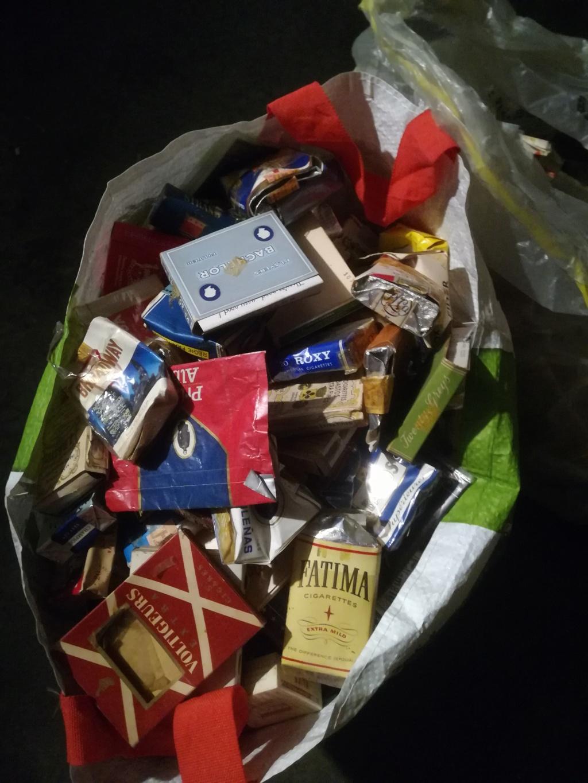Pour les fumeurs, les non fumeurs  Img_2100