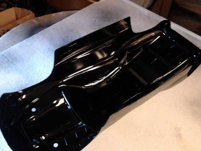 nouveaux look pour mon Erevo 1ere peinture carrosserie   221