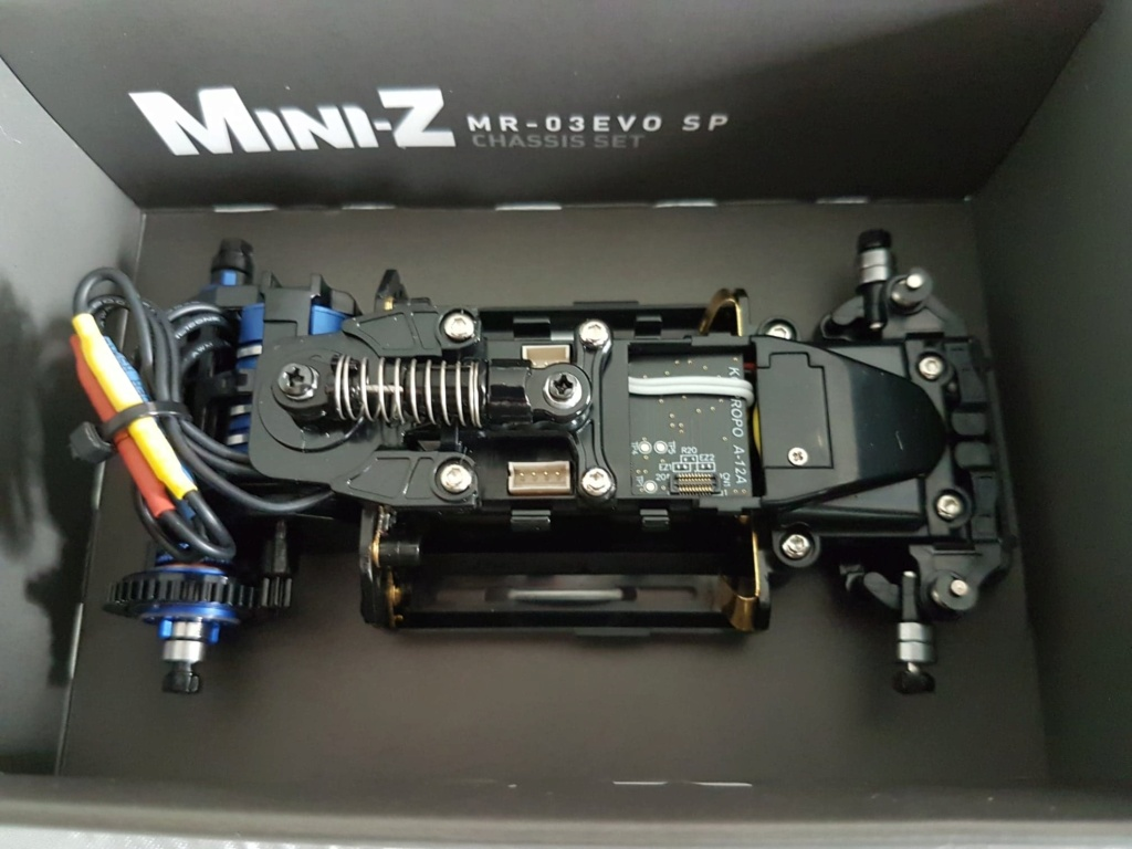 mini Z  VE Pro Vs mini Z évo Miniz_10
