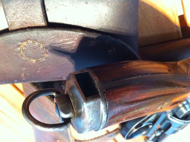 Le revolver d'ordonnance 1882 Poigna10