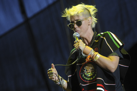 "10/13/12 – Mexico City, Mexico, Autodromo Hermanos Rodriguez, ""Corona Capital Music Festival"" - Page 2 10-13-48"