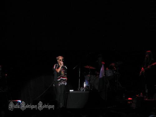 "10/13/12 – Mexico City, Mexico, Autodromo Hermanos Rodriguez, ""Corona Capital Music Festival"" - Page 2 10-13-56"
