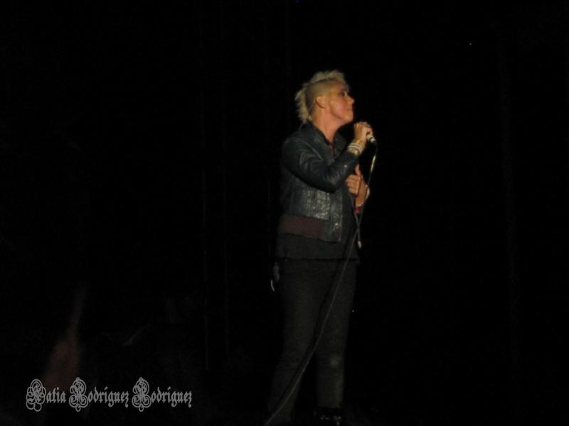 "10/13/12 – Mexico City, Mexico, Autodromo Hermanos Rodriguez, ""Corona Capital Music Festival"" - Page 2 10-13-58"
