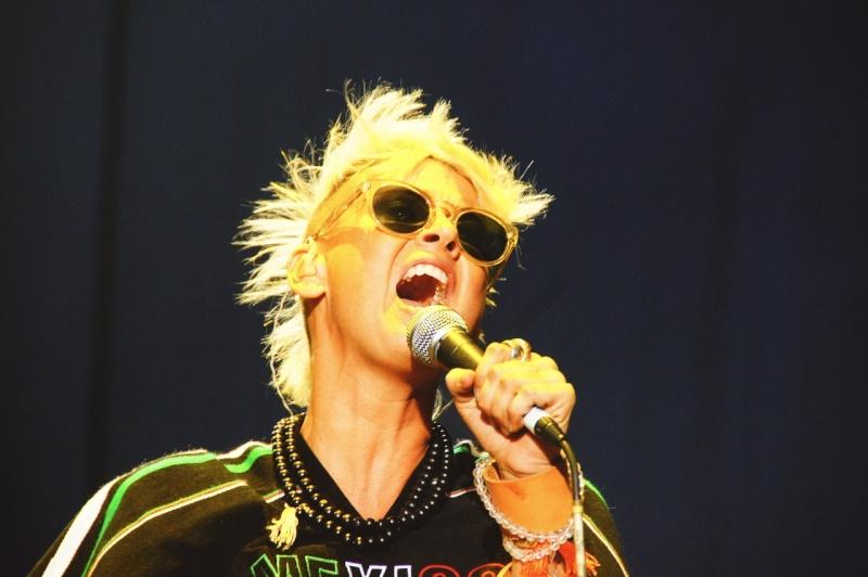 "10/13/12 – Mexico City, Mexico, Autodromo Hermanos Rodriguez, ""Corona Capital Music Festival"" - Page 2 10-13-62"