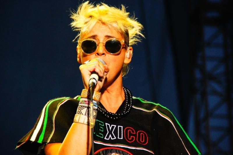 "10/13/12 – Mexico City, Mexico, Autodromo Hermanos Rodriguez, ""Corona Capital Music Festival"" - Page 2 10-13-63"