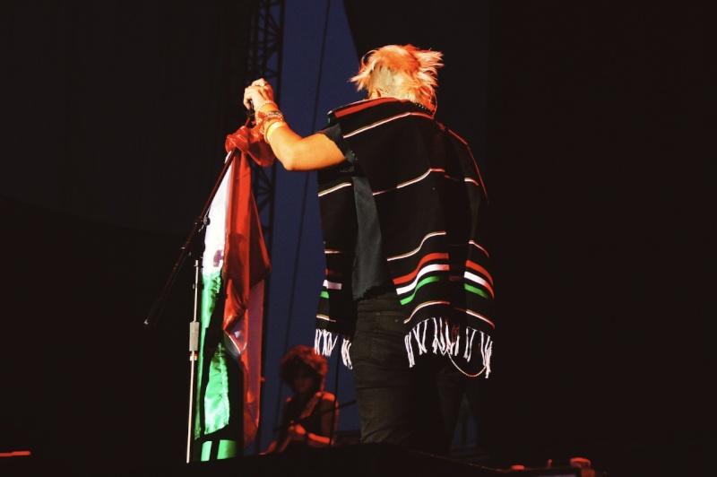 "10/13/12 – Mexico City, Mexico, Autodromo Hermanos Rodriguez, ""Corona Capital Music Festival"" - Page 2 10-13-66"