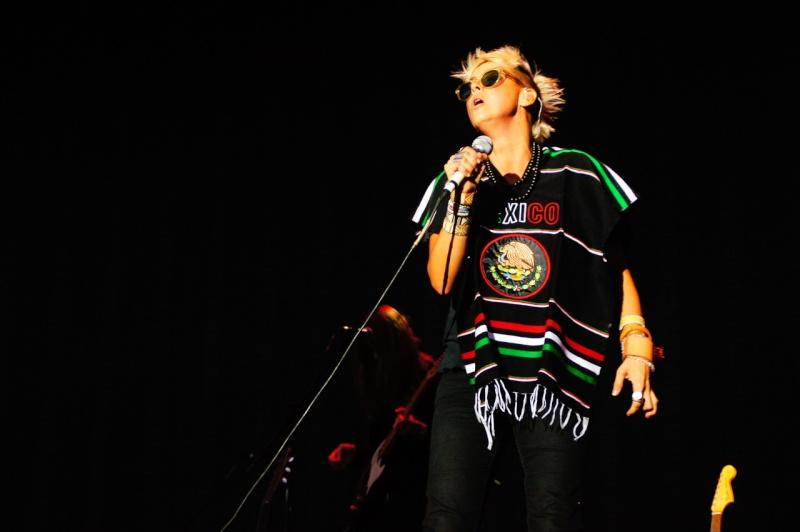 "10/13/12 – Mexico City, Mexico, Autodromo Hermanos Rodriguez, ""Corona Capital Music Festival"" - Page 2 10-13-67"