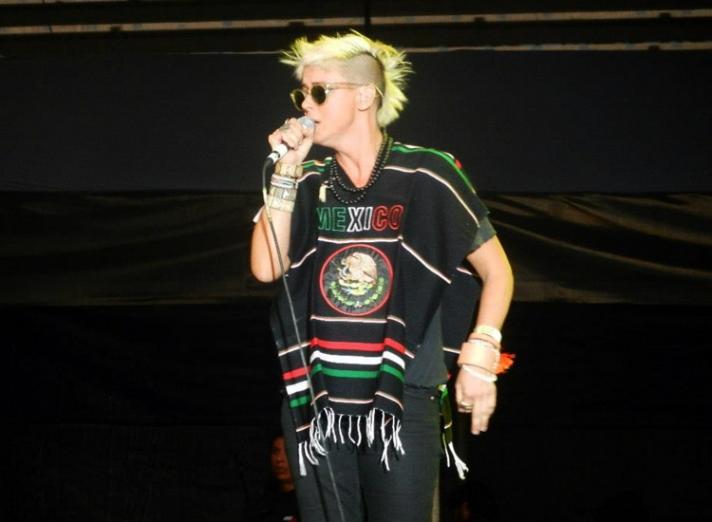 "10/13/12 – Mexico City, Mexico, Autodromo Hermanos Rodriguez, ""Corona Capital Music Festival"" - Page 2 10-13-92"