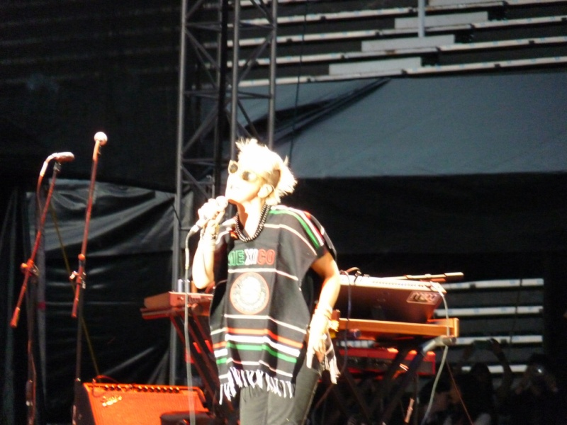 "10/13/12 – Mexico City, Mexico, Autodromo Hermanos Rodriguez, ""Corona Capital Music Festival"" - Page 2 10-13132"