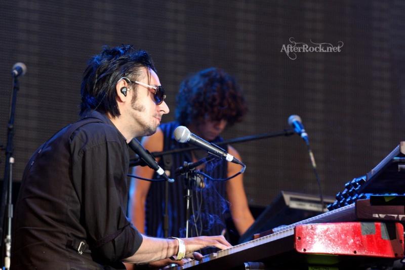 "10/13/12 – Mexico City, Mexico, Autodromo Hermanos Rodriguez, ""Corona Capital Music Festival"" - Page 2 10-13180"