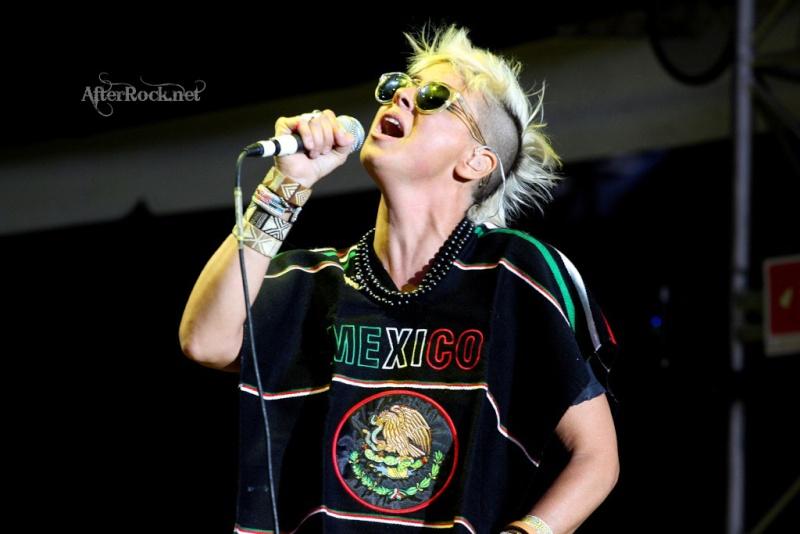 "10/13/12 – Mexico City, Mexico, Autodromo Hermanos Rodriguez, ""Corona Capital Music Festival"" - Page 2 10-13202"