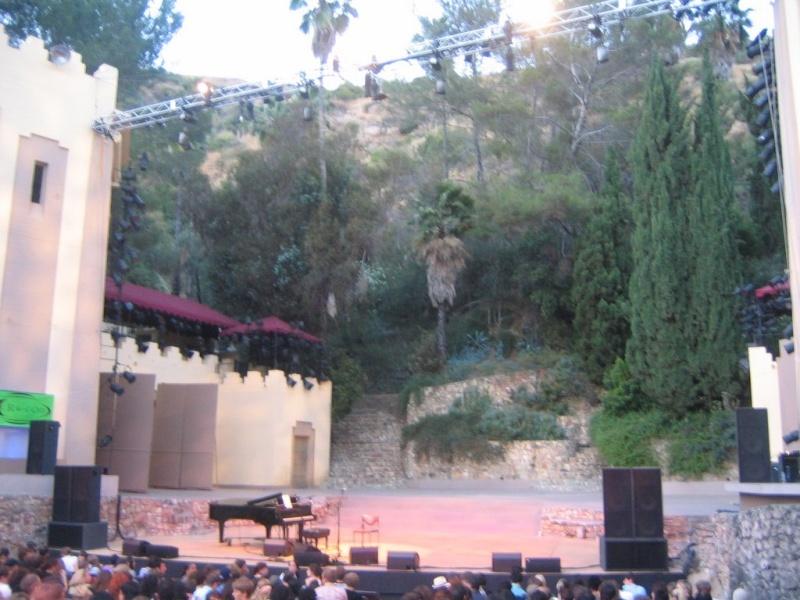 6/28/06 - Los Angeles, CA, John Anson Ford Theater 6-28-011