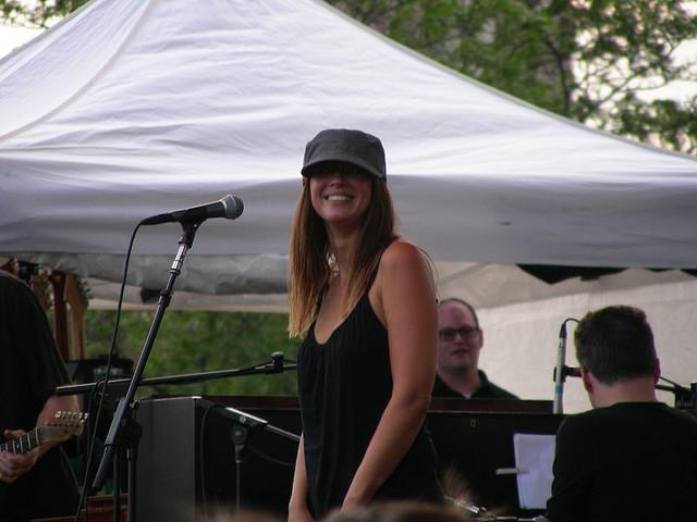 "7/1/06 - Detroit, MI, New Center Park, ""Comerica Tastefest"" 7-1-0611"