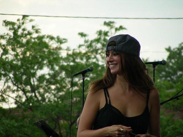 "7/1/06 - Detroit, MI, New Center Park, ""Comerica Tastefest"" 7-1-0613"