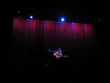 8/25/06 - Malibu, CA, Malibu Performing Arts Center 8-25-011