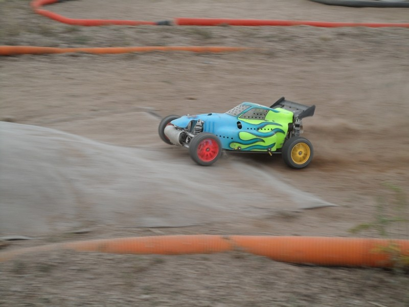 Course Ligue TT1/5 + TT1/8 Brushless le 23/09/2012 à l'AMCH: - Page 3 800_1012
