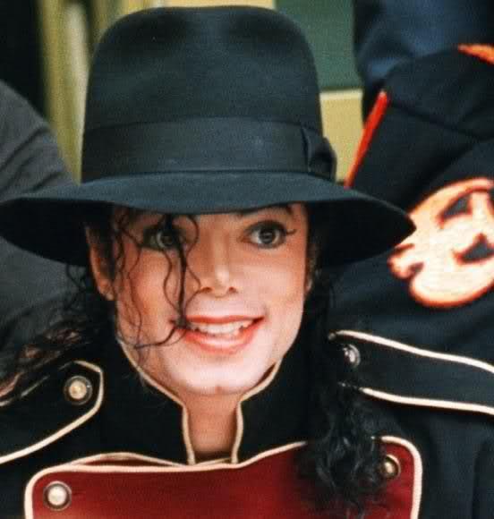 Il sorriso di Michael - Pagina 31 2guy3510