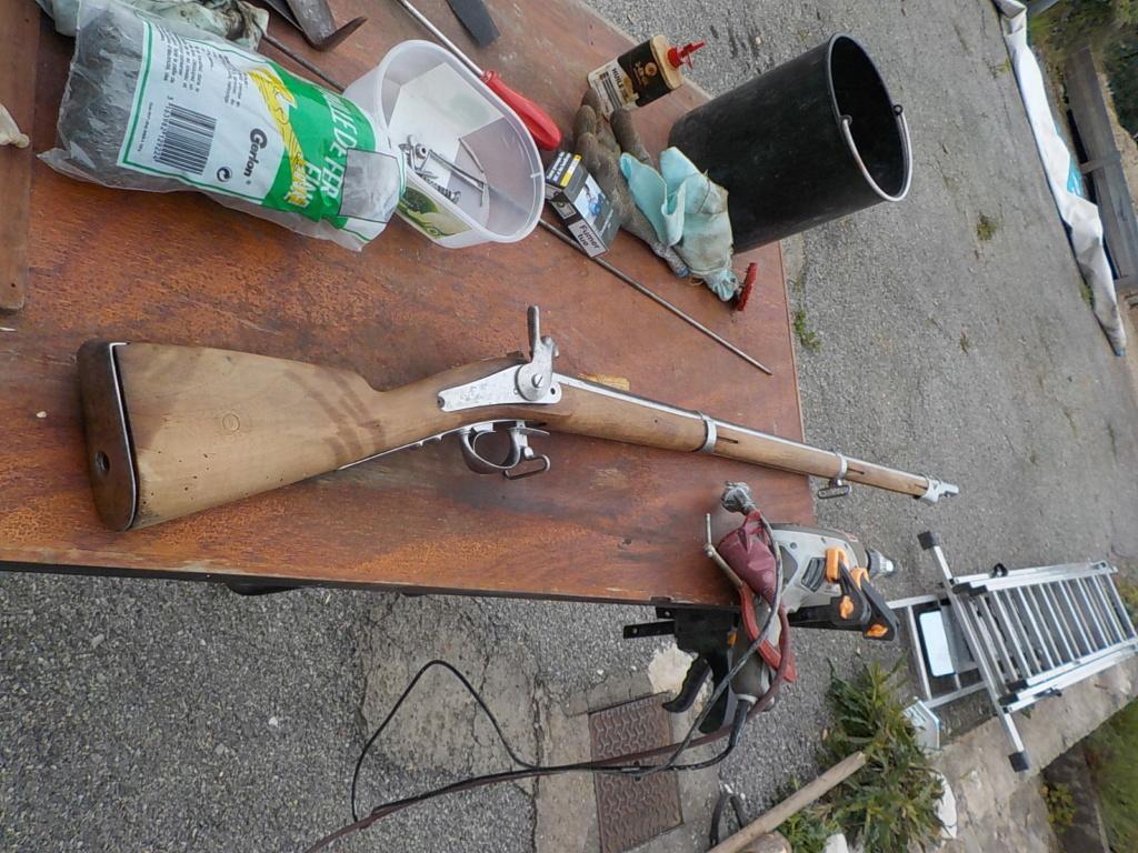 1840 et 1866 marine + pistolet a balles forcées Mont110