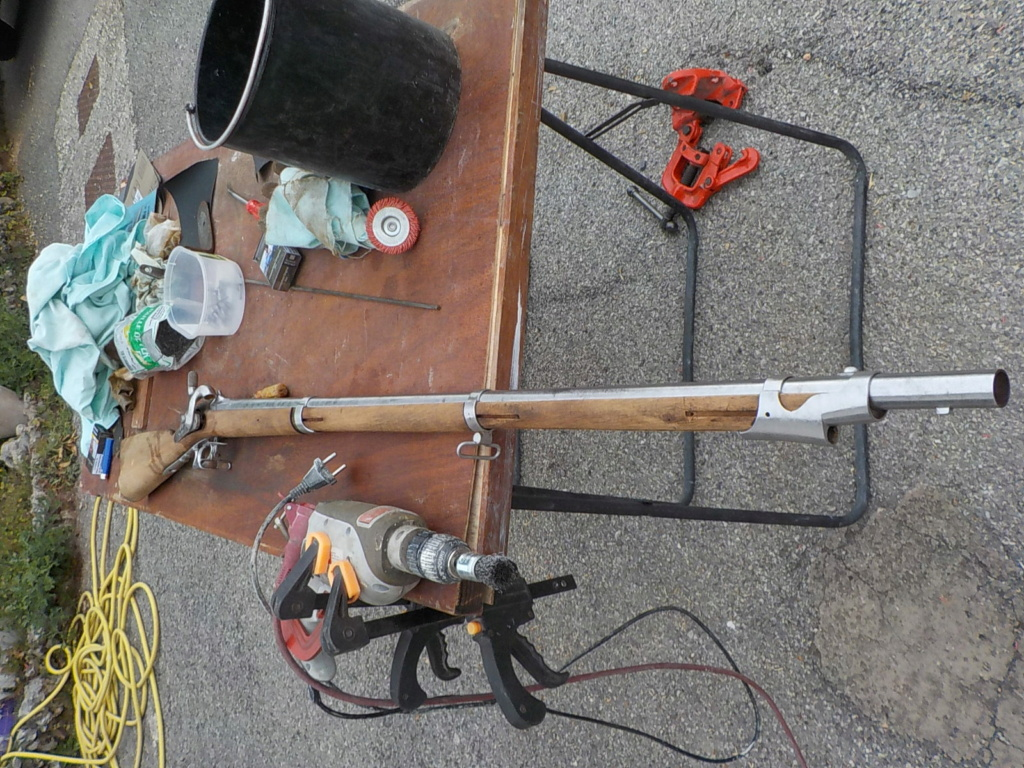 1840 et 1866 marine + pistolet a balles forcées Mont210