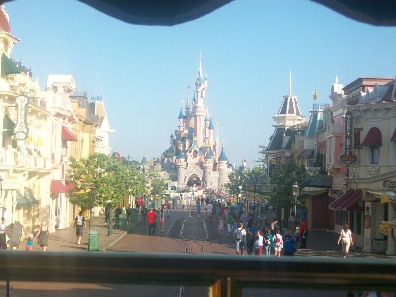 De la chaleur, des incivilités, une demande en fiançailles : bref, mon séjour à Disneyland Paris du 09 au 14 août ! - Page 3 100_1018