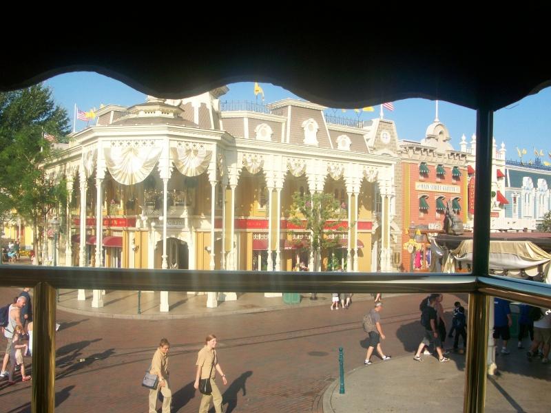 De la chaleur, des incivilités, une demande en fiançailles : bref, mon séjour à Disneyland Paris du 09 au 14 août ! - Page 3 100_1020