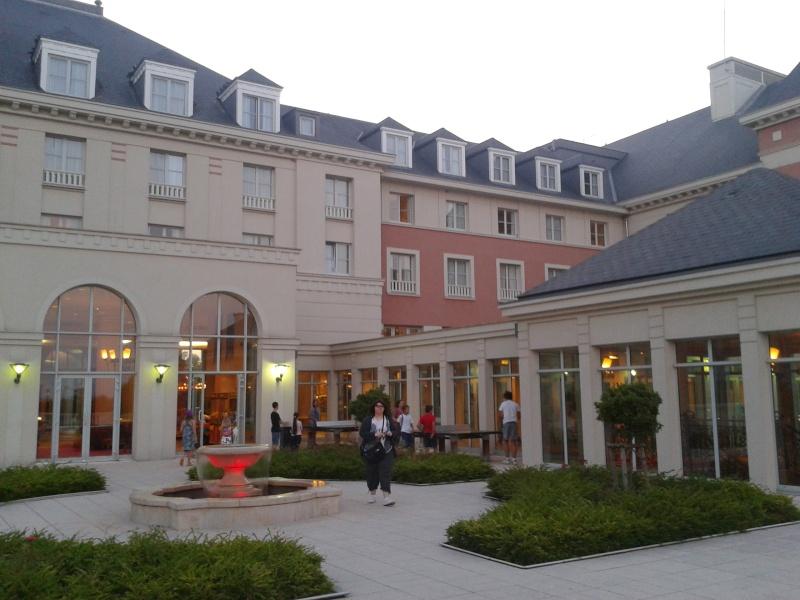 De la chaleur, des incivilités, une demande en fiançailles : bref, mon séjour à Disneyland Paris du 09 au 14 août ! 2012-038