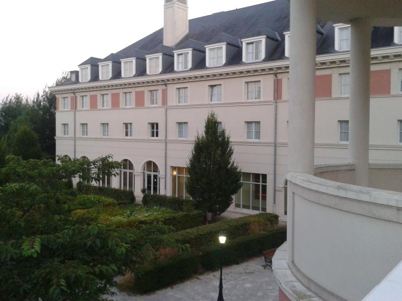 De la chaleur, des incivilités, une demande en fiançailles : bref, mon séjour à Disneyland Paris du 09 au 14 août ! 2012-041