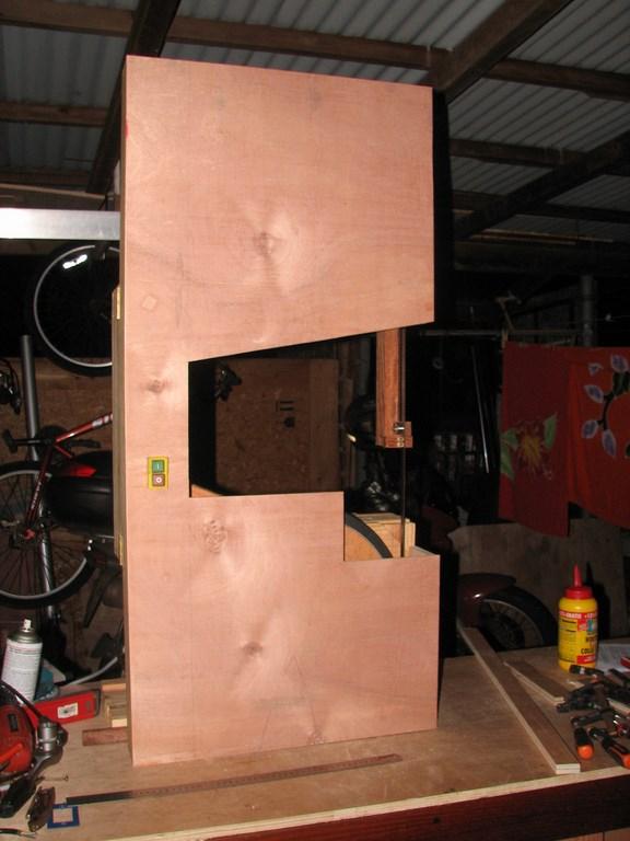 fabrication d'une Scie à ruban en bois - Page 2 Img_4014