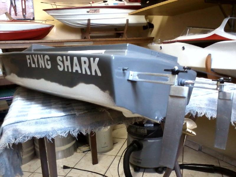 Flyng Shark (lancha de corrida) construtor Elcio. P21-0911
