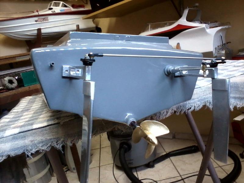 Flyng Shark (lancha de corrida) construtor Elcio. P21-0912