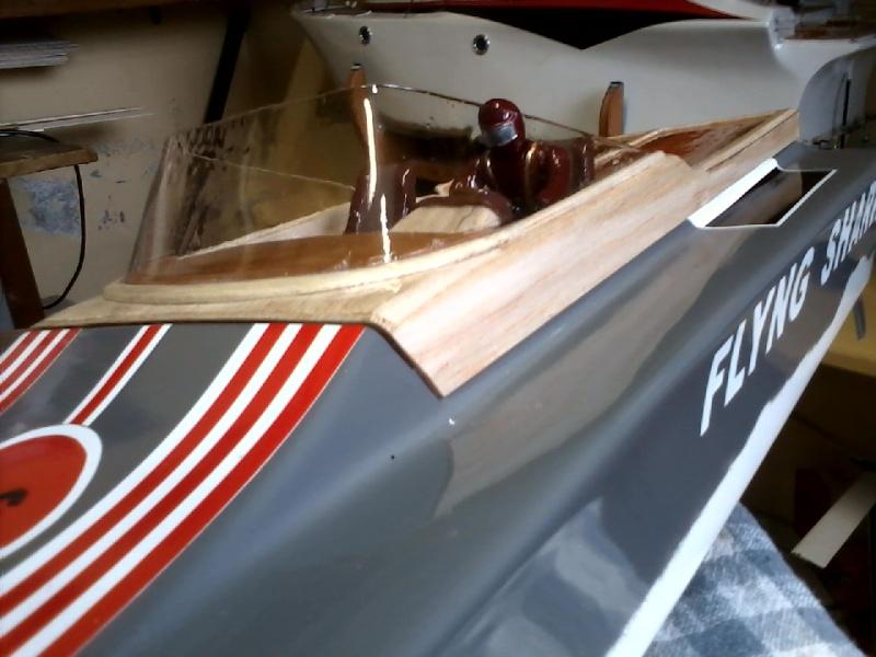 Flyng Shark (lancha de corrida) construtor Elcio. P21-0916