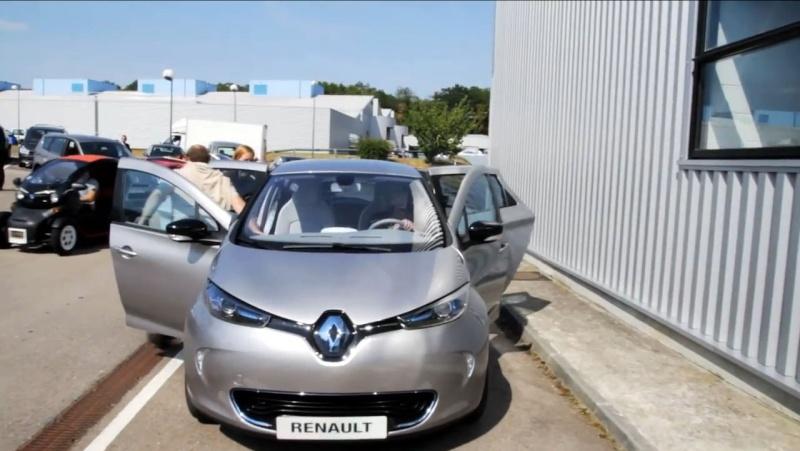 Iceman chez Renault : Enorme !!! Zoe_ki13