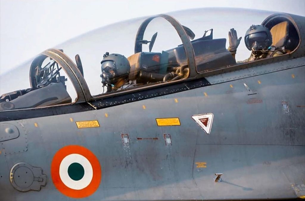 Armée Indienne / Indian Armed Forces - Page 28 20191244