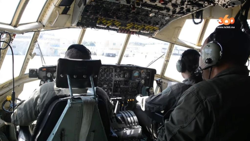 Tenues de vol / Equipements de nos pilotes - Page 3 20200354