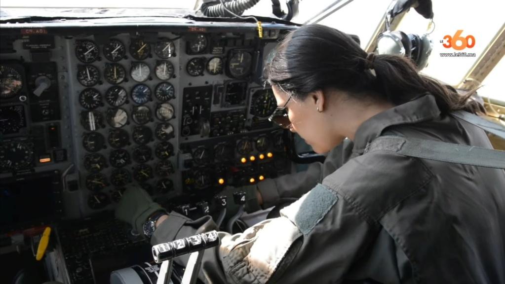 Tenues de vol / Equipements de nos pilotes - Page 3 20200360
