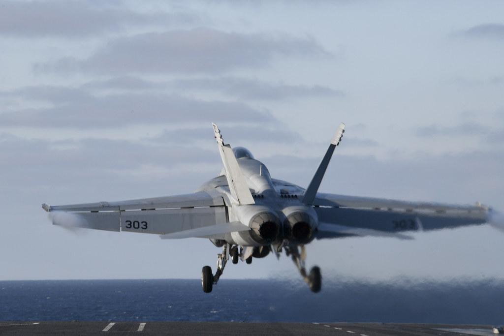 US Navy 49071310