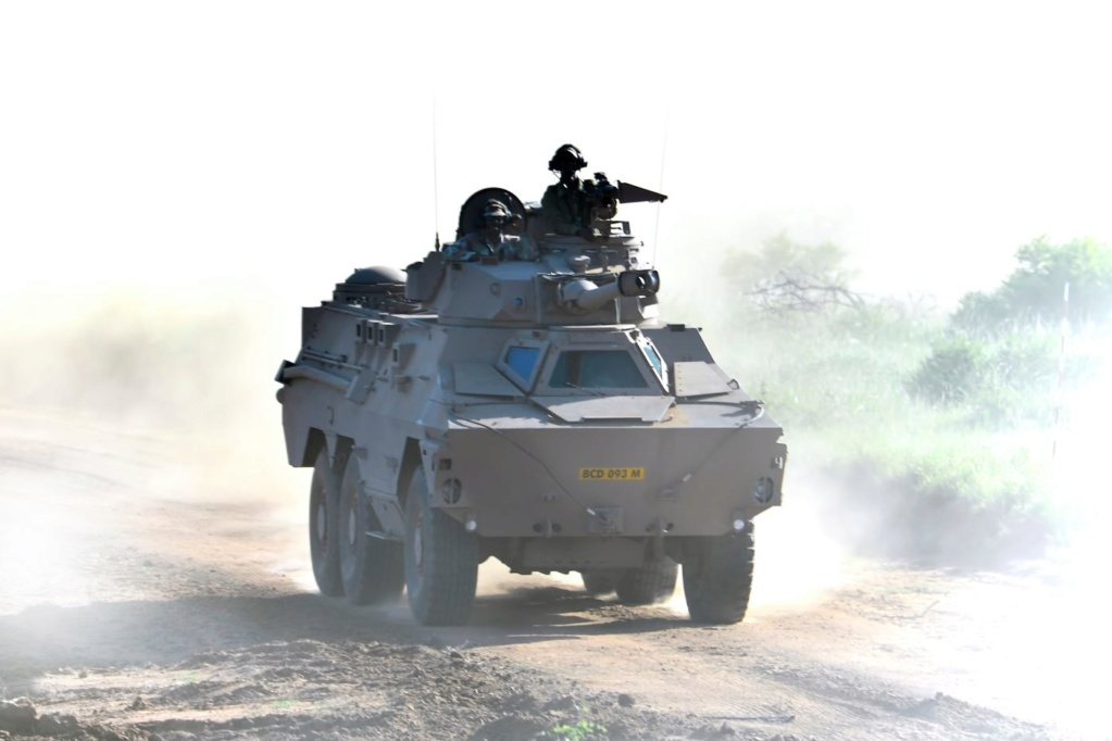 South African National Defence Force (SANDF) - Page 12 Armed110