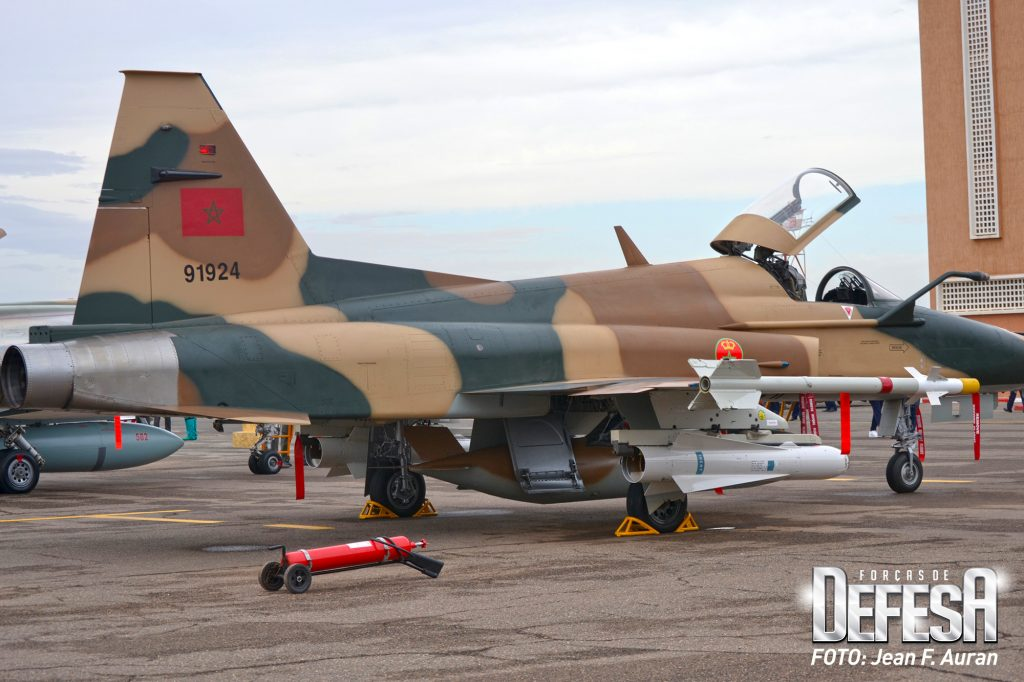 FRA: Photos F-5 marocains / Moroccan F-5  - Page 12 F5-tig10