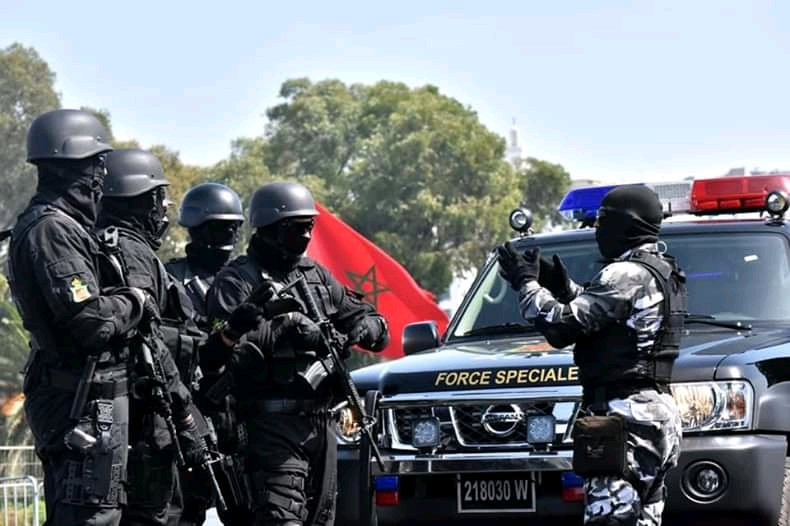Moroccan Special Forces/Forces spéciales marocaines  :Videos et Photos : BCIJ, Gendarmerie Royale ,  - Page 16 Fb_img66