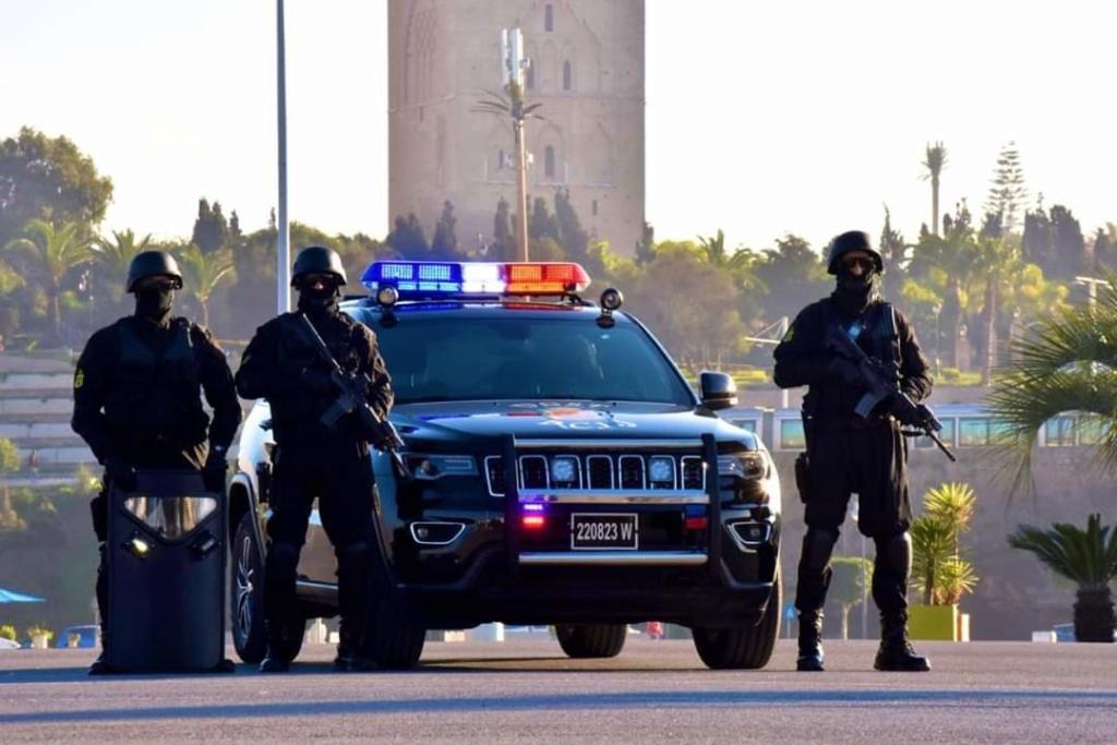 Moroccan Special Forces/Forces spéciales marocaines  :Videos et Photos : BCIJ, Gendarmerie Royale ,  - Page 16 Fb_img87