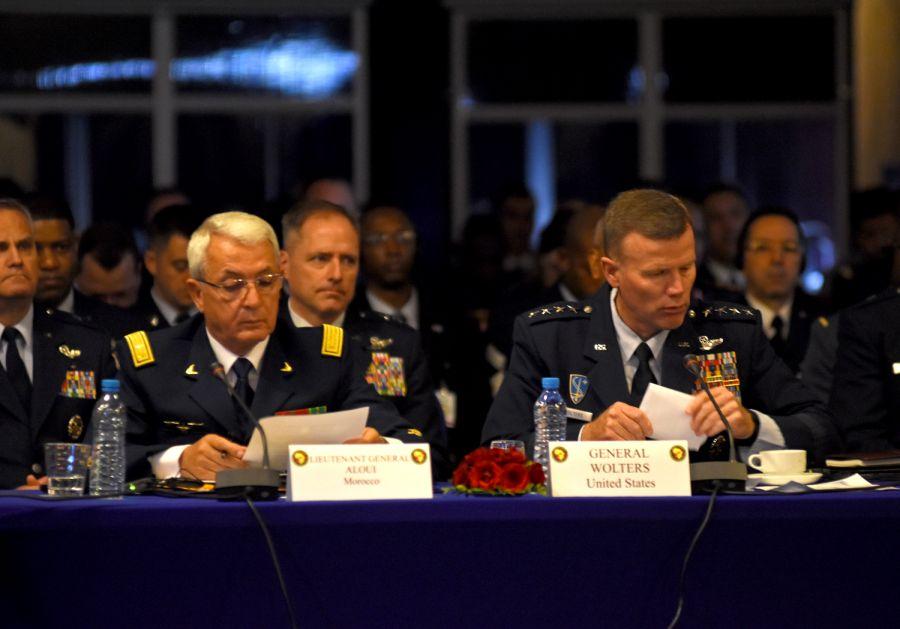 Cooperation militaire avec les USA - Page 6 Image10