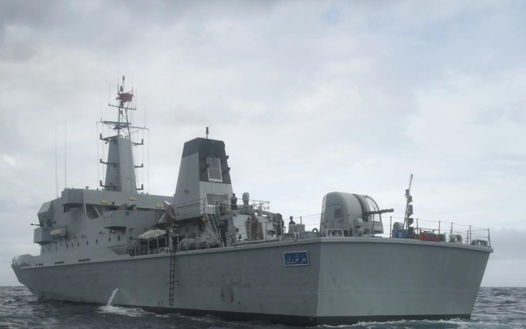 Royal Moroccan Navy OPV-70 / Classe Bir Anzarane - Page 6 Img_2040