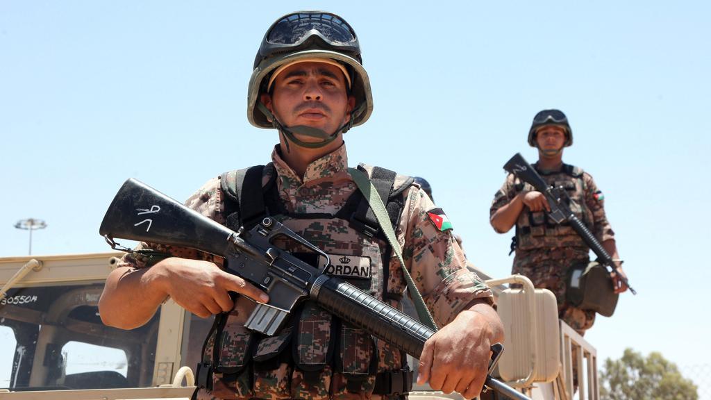 Armée Jordanienne/Jordanian Armed Forces - Page 21 Jordan10