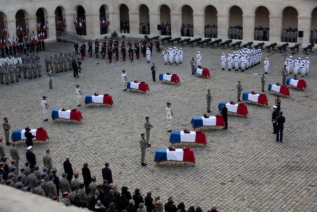 Armée Française / French Armed Forces - Page 16 Q710