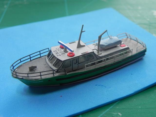 Hafenfahrzeuge 1 von HMV 1:250 Dscn3430